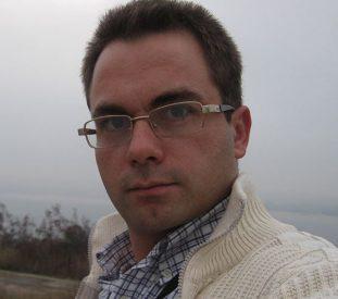 Любомир Петров